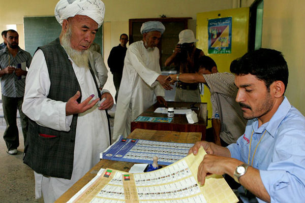 Afghan voting 9 18 2005 male 1