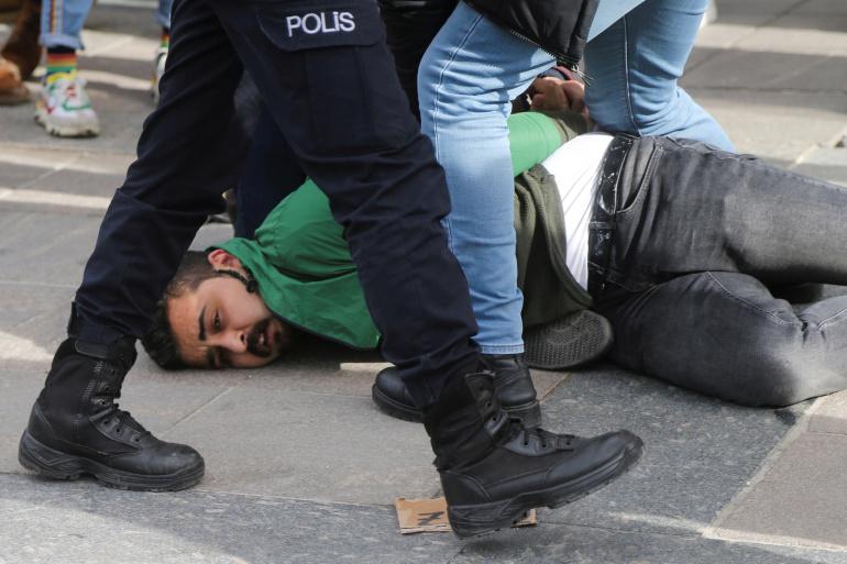 Turkey studenti a terrajpg
