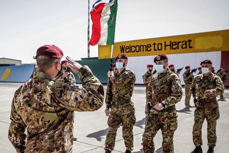 italiani via dallafghanistan ap